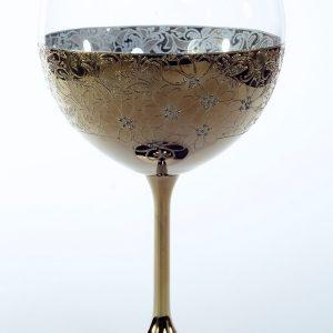 """Кристален в злато ритуален бокал""""цветя"""" за църковен брак."""