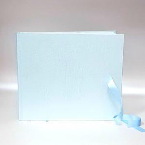 """Сватбена книга за пожелания """"Сатен в нежно синьо"""""""