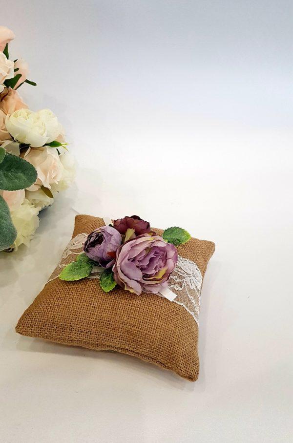 """Възглавничка за халки рустик стил """"лилави цветя"""""""