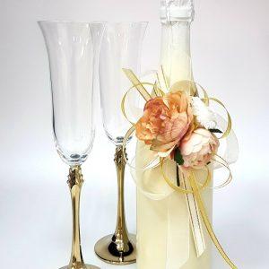 """Сватбен комплект """"Рози и злато"""""""